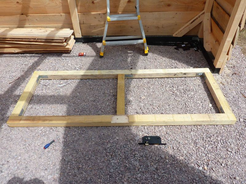 12 me jour r alisation de la porte at mon abri de jardin - Fabriquer une porte de garage en bois ...